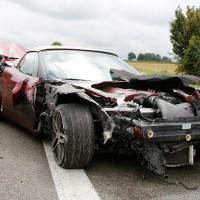 27-07-2014-a7-altenstadt-illertissen-unfall-400ps-sportwagen-feuerwehr-polizei-wis-new-facts-eu (1)