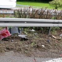 27-07-2014-a7-altenstadt-illertissen-unfall-400ps-sportwagen-feuerwehr-polizei-wis-new-facts-eu (2)