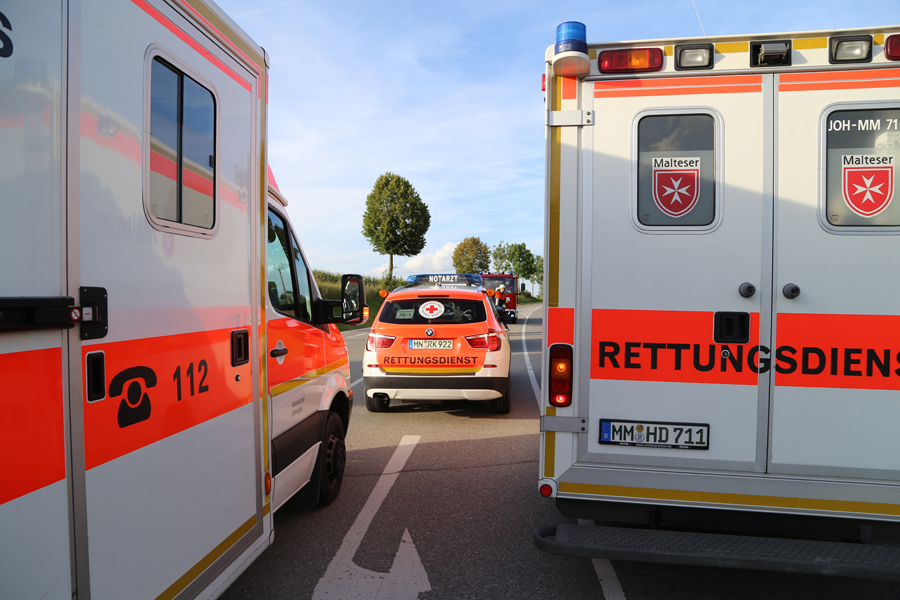 28-08-2014-a96-stetten-oberauerbach-unfall-verletzte-feuerwehr-rettungsdienst-groll-new-facts-eu (3)