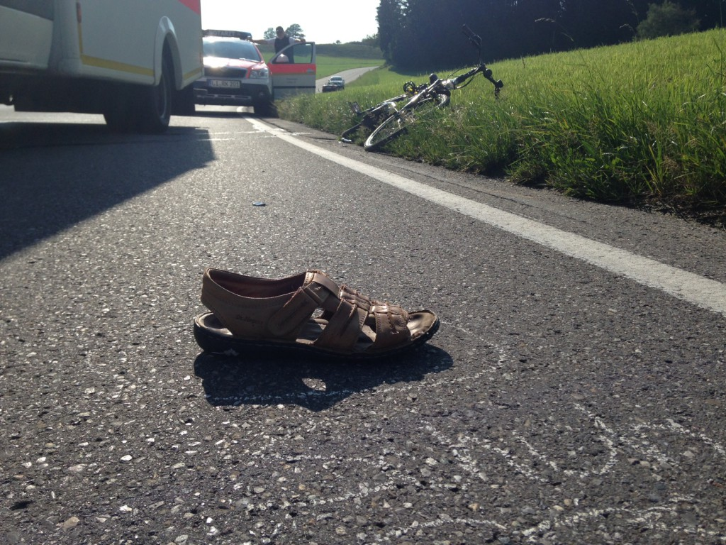 31-07-2014-lindau-scheidegg-b308-unfall-radfahrer-motorrad-toedlich-raedler-new-facts-eu (2)
