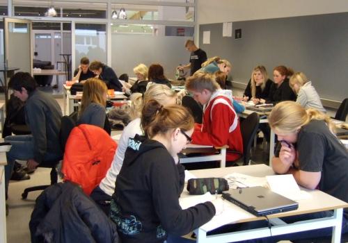 Schüler in Klassenraum, über dts Nachrichtenagentur