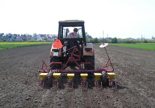 Traktor, über dts Nachrichtenagentur
