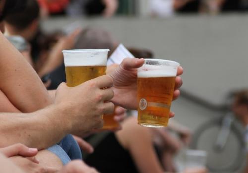 Biertrinker, über dts Nachrichtenagentur