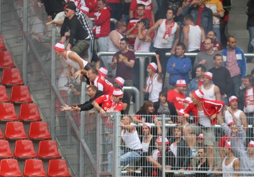 Aggressive Fans im Stadion, über dts Nachrichtenagentur