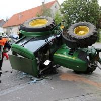 02-09-2014-unterallgaeu-fellheim-traktor-krad-sperrung-feuerwehr-poeppel-new-facts-eu (1)