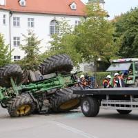 02-09-2014-unterallgaeu-fellheim-traktor-krad-sperrung-feuerwehr-poeppel-new-facts-eu