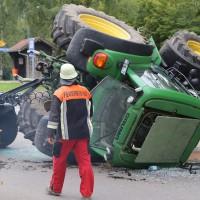 02-09-2014-unterallgaeu-fellheim-traktor-krad-sperrung-feuerwehr-poeppel-new-facts-eu (3)