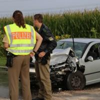 05-09-2014-buxheim-steinheim-egelseerstrasse-unfall-frontal-verletzt-feuerwehr-poeppel-new-facts-eu (6)