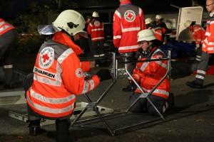 16-09-2014-ravensburg-eglofs-schule-uebung-katastrophenschutz-behandlungsplatz-juh-drk-feuerwehr-new-facts-eu (15)