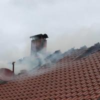 21-09-2014-memmingen-egelsee-brand-wohnhaus-dachstuhl-feuerwehr-new-facts-eu (14)