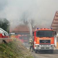 21-09-2014-memmingen-egelsee-brand-wohnhaus-dachstuhl-feuerwehr-new-facts-eu (2)