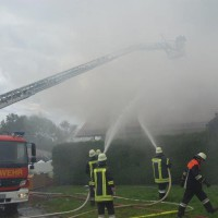 21-09-2014-memmingen-egelsee-brand-wohnhaus-dachstuhl-feuerwehr-new-facts-eu (6)