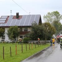 21-09-2014-ostallgaeu-lauchdorf-brand-blitzeinschlag-wohnhaus-feuerwehr-bringezu-new-facts-eu (1)