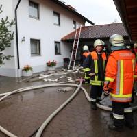 21-09-2014-ostallgaeu-lauchdorf-brand-blitzeinschlag-wohnhaus-feuerwehr-bringezu-new-facts-eu (15)