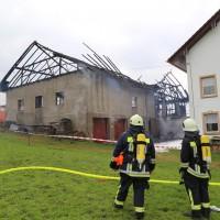 25-09-2014-lindau-heimenkirch-oberried-brand-bauernhof-feuerwehr-poeppel-new-facts-eu (15)