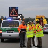 26-09-2014-a7-woringen-groenenbach-gefahrgut-tanklastzug-unfall-umpumpen-bergung-feuerwehr-poeppel-new-facts-eu (12)