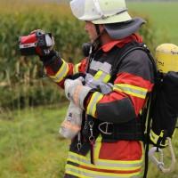 26-09-2014-a7-woringen-groenenbach-gefahrgut-tanklastzug-unfall-umpumpen-bergung-feuerwehr-poeppel-new-facts-eu (13)