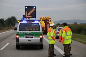 26-09-2014-a7-woringen-groenenbach-gefahrgut-tanklastzug-unfall-umpumpen-bergung-feuerwehr-poeppel-new-facts-eu (15)