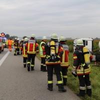 26-09-2014-a7-woringen-groenenbach-gefahrgut-tanklastzug-unfall-umpumpen-bergung-feuerwehr-poeppel-new-facts-eu (2)