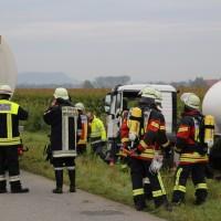 26-09-2014-a7-woringen-groenenbach-gefahrgut-tanklastzug-unfall-umpumpen-bergung-feuerwehr-poeppel-new-facts-eu (24)