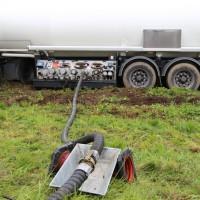 26-09-2014-a7-woringen-groenenbach-gefahrgut-tanklastzug-unfall-umpumpen-bergung-feuerwehr-poeppel-new-facts-eu (33)