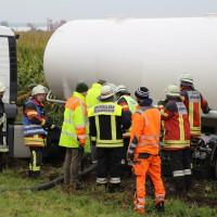 26-09-2014-a7-woringen-groenenbach-gefahrgut-tanklastzug-unfall-umpumpen-bergung-feuerwehr-poeppel-new-facts-eu (52)