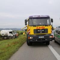 26-09-2014-a7-woringen-groenenbach-gefahrgut-tanklastzug-unfall-umpumpen-bergung-feuerwehr-poeppel-new-facts-eu (57)