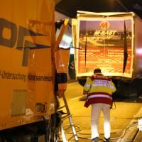 26-09-2014-a96-kohlbergtunnel-erkheim-stetten-lkw-unfall-schwer-rettungsdienst-polizei-feuerwehr-poeppel-new-facts-eu (8)