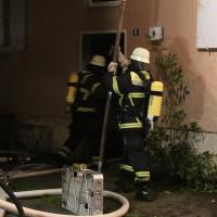 27-09-2014-memmingen-ruebezahlplatz-brand-mehrfamilienhaus-keller-brandstiftung-feuerwehr-poeppel-new-facts-eu (22)