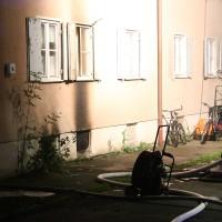 27-09-2014-memmingen-ruebezahlplatz-brand-mehrfamilienhaus-keller-brandstiftung-feuerwehr-poeppel-new-facts-eu (30)