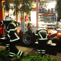 27-09-2014-memmingen-ruebezahlplatz-brand-mehrfamilienhaus-keller-brandstiftung-feuerwehr-poeppel-new-facts-eu (5)