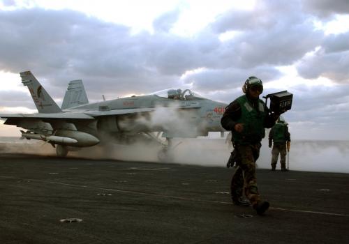 US-Kampfflugzeug an Bord von Flugzeugträger, über dts Nachrichtenagentur