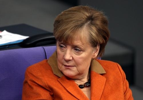 Angela Merkel schaut skeptisch, über dts Nachrichtenagentur