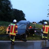 01-10-2014-unterallgaeu-groenenbach-unfall-feuerwehr-poeppel-new-facts-eu006