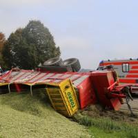 05-10-2014-biberach-mettenberg-rot-unfall-traktor-toedlich-feuerwehr-poeppel-new-facts-eu003
