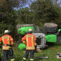 05-10-2014-biberach-mettenberg-rot-unfall-traktor-toedlich-feuerwehr-poeppel-new-facts-eu007