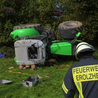 05-10-2014-biberach-mettenberg-rot-unfall-traktor-toedlich-feuerwehr-poeppel-new-facts-eu010