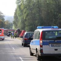 05-10-2014-biberach-mettenberg-rot-unfall-traktor-toedlich-feuerwehr-poeppel-new-facts-eu018
