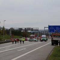 11-10-2014-ostallgaeu-a7-fuessen-tunnel-katastrophenschutz-feuerwehr-rettungsdienst-polizei-unfall-brand-bringezu-poeppel-new-facts-eu20141011_0030