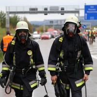 11-10-2014-ostallgaeu-a7-fuessen-tunnel-katastrophenschutz-feuerwehr-rettungsdienst-polizei-unfall-brand-bringezu-poeppel-new-facts-eu20141011_0079