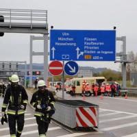 11-10-2014-ostallgaeu-a7-fuessen-tunnel-katastrophenschutz-feuerwehr-rettungsdienst-polizei-unfall-brand-bringezu-poeppel-new-facts-eu20141011_0082