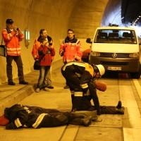 11-10-2014-ostallgaeu-a7-fuessen-tunnel-katastrophenschutz-feuerwehr-rettungsdienst-polizei-unfall-brand-bringezu-poeppel-new-facts-eu20141011_0143