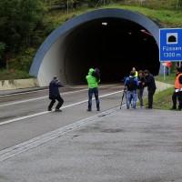 11-10-2014-ostallgaeu-a7-fuessen-tunnel-katastrophenschutz-feuerwehr-rettungsdienst-polizei-unfall-brand-bringezu-poeppel-new-facts-eu20141011_0200