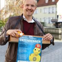 12-10-2014-memmingen-rotary-club-entenrennen-stadtbach-thw-poe-new-facts-eu20141012_0001