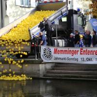 12-10-2014-memmingen-rotary-club-entenrennen-stadtbach-thw-poe-new-facts-eu20141012_0047