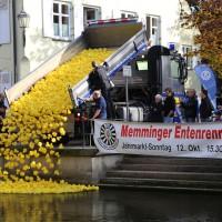 12-10-2014-memmingen-rotary-club-entenrennen-stadtbach-thw-poe-new-facts-eu20141012_0052