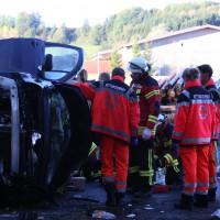 14-10-2014-unterallgaeu-zell-groenenbach-unfall-ueberschlag-feuerwehr-poeppel-new-facts-eu20141014_0004
