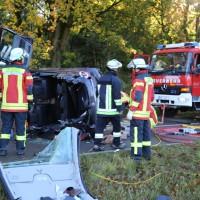14-10-2014-unterallgaeu-zell-groenenbach-unfall-ueberschlag-feuerwehr-poeppel-new-facts-eu20141014_0034