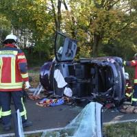 14-10-2014-unterallgaeu-zell-groenenbach-unfall-ueberschlag-feuerwehr-poeppel-new-facts-eu20141014_0039
