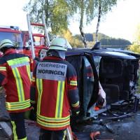 14-10-2014-unterallgaeu-zell-groenenbach-unfall-ueberschlag-feuerwehr-poeppel-new-facts-eu20141014_0050